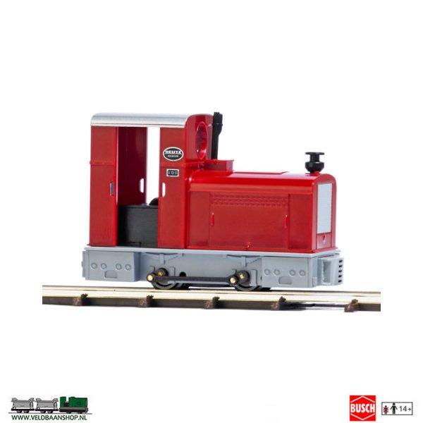 Busch 12131 veldspoor Diesel locomotief Deutz OMZ 122F rood/- grijs Veldbaanshop.nl